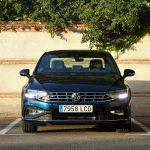 Volkswagen Passat frontal