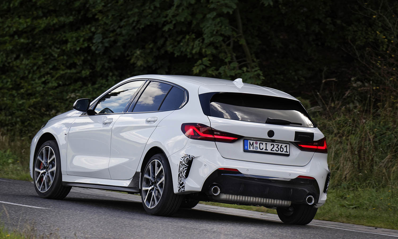 BMW 128ti trasera