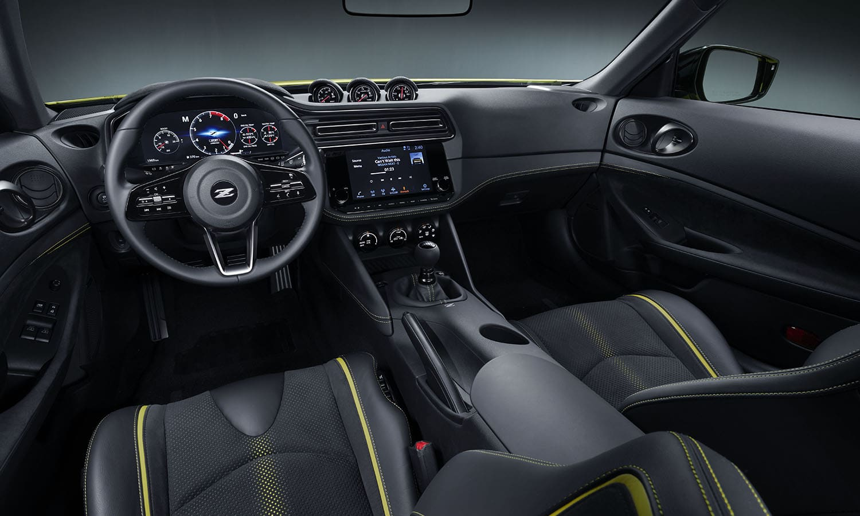Nissan Z Proto salpicadero