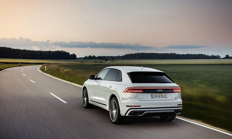 Audi Q8 60 TFSIe trasera