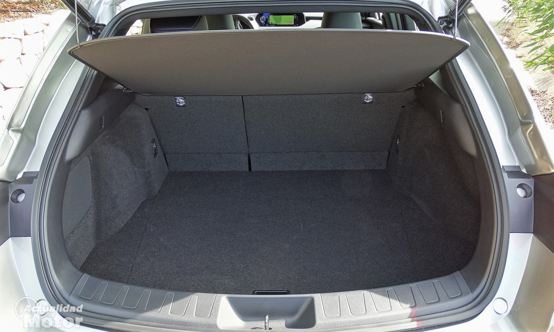 Lexus UX 300e maletero