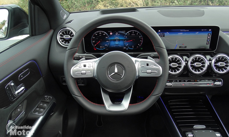 Prueba Mercedes GLA AMG Line volante