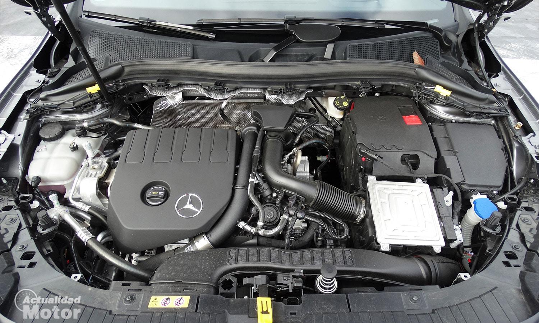 Prueba Mercedes GLA 200 motor
