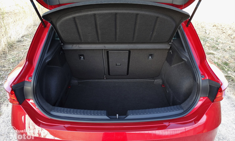 Prueba Seat León 5 puertas maletero