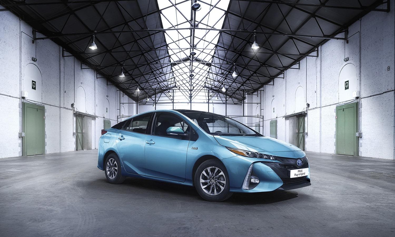Toyota Prius Plug-in perfil