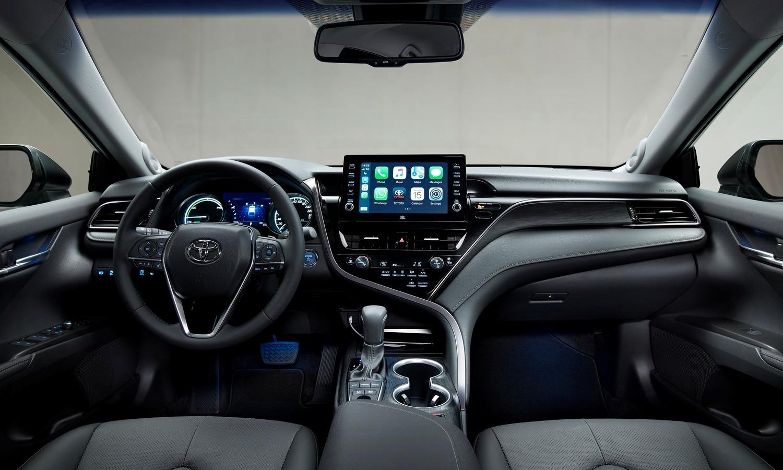 Toyota Camry Hybrid MY2021