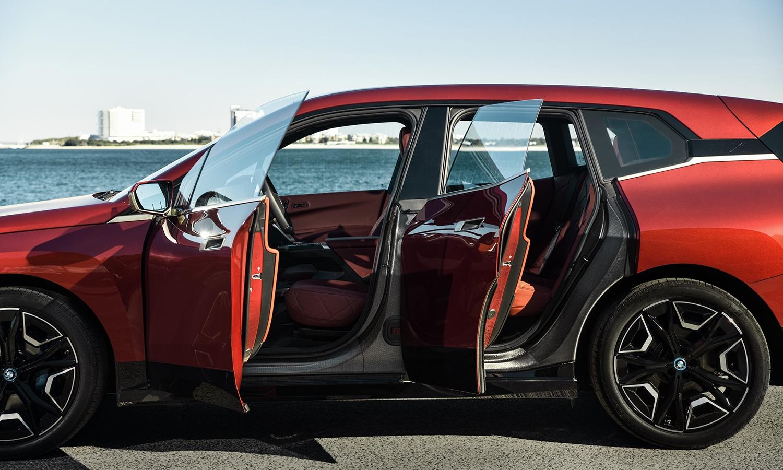 Puertas sin marcos del BMW iX M Sport