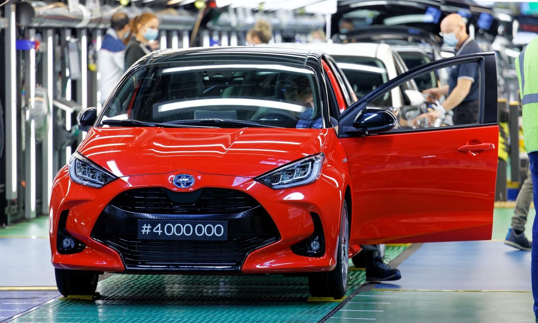 Toyota Yaris 4 millones