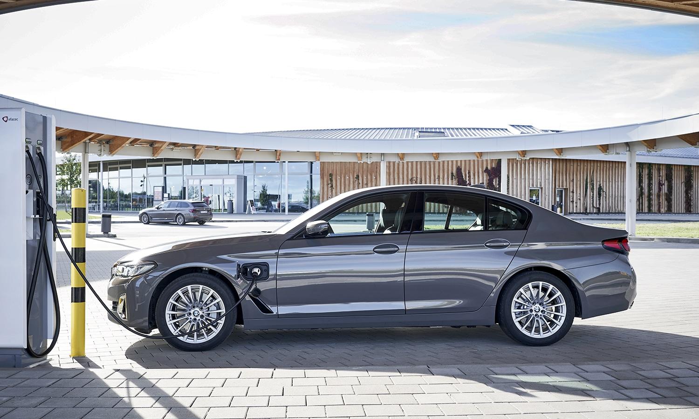 BMW 520e enchufable