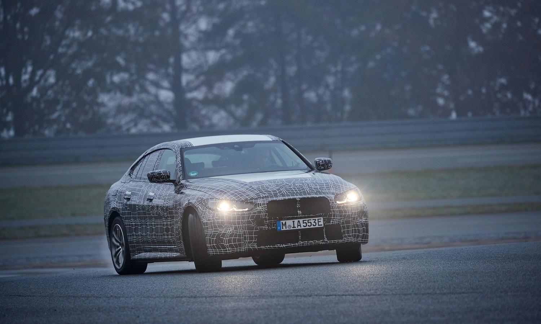 BMW i4 drift