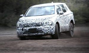 Mitsubishi Outlander teaser
