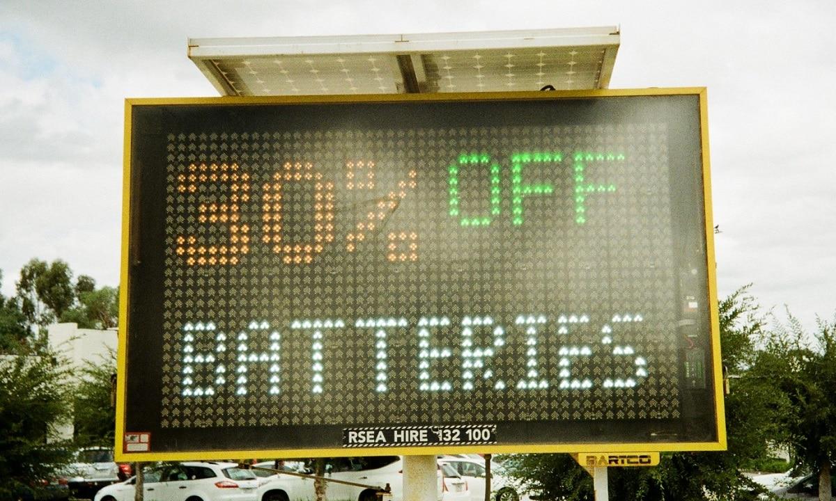 Si los consumos eléctricos destrozan tu batería tendrás que comprar y poner otra nueva