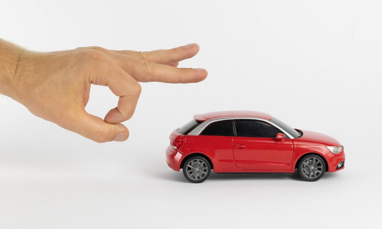 Arrancar coche cuando no detecta la llave inteligente porque no tiene batería