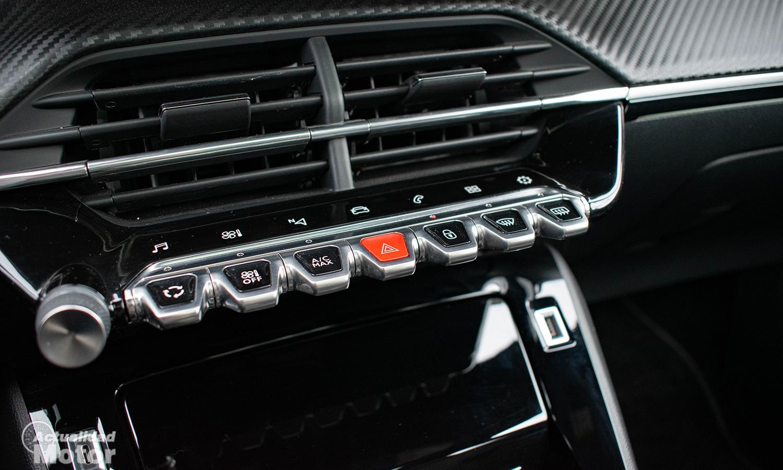 Prueba Peugeot 2008 consola central