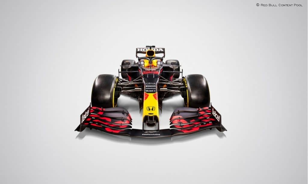Red Bull RB16B zona media y frontal