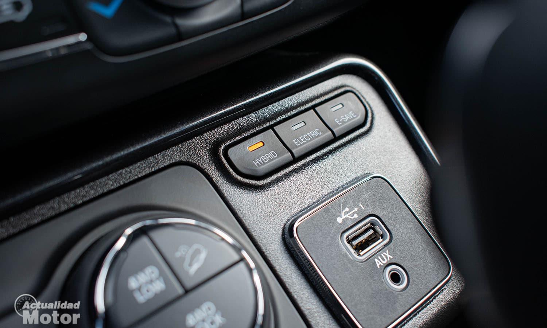 Prueba Jeep Compass 4xe modos funcionamiento