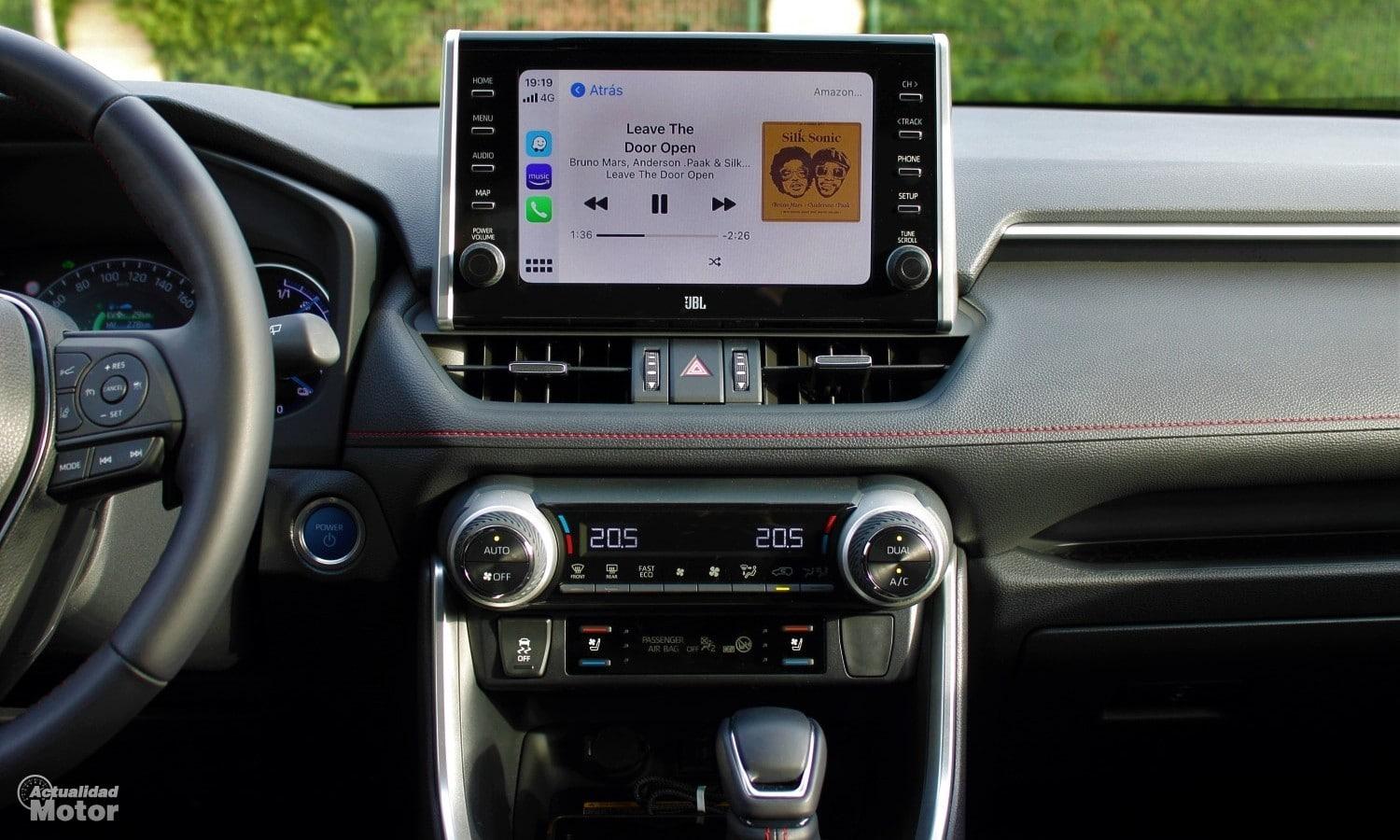 Salpicadero del Toyota RAV4 Plug-in Hybrid