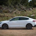Prueba Hyundai i30 Fastback N line lateral