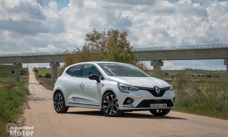 Prueba Renault Clio híbrido perfil delantero