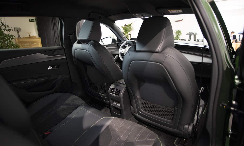 Peugeot 308 plazas traseras