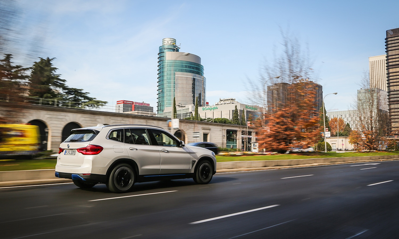 Prueba BMW iX3 eléctrico
