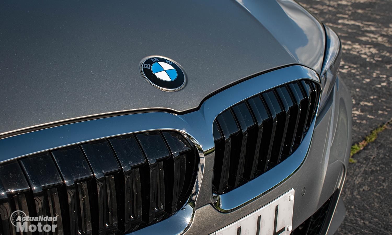Prueba BMW 320d Touring parrilla activa