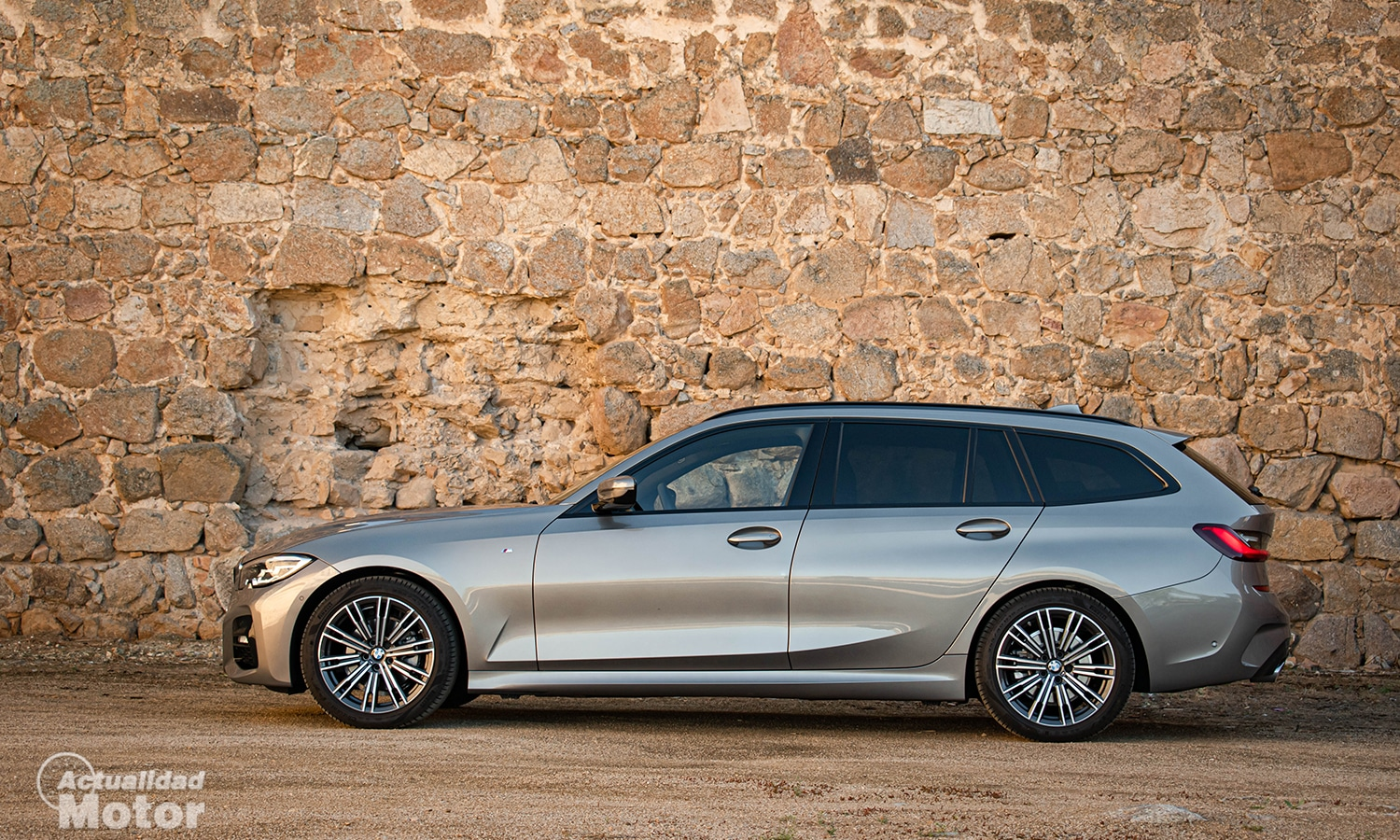 Prueba BMW Serie 3 Touring paquete M lateral