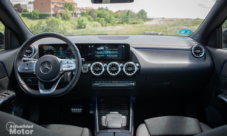 Prueba Mercedes EQA interior