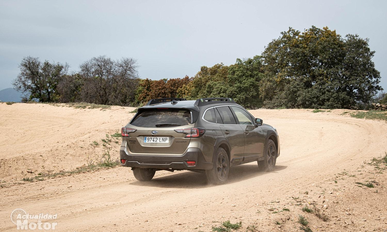 Prueba Subaru Outback campo