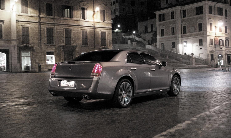 Lancia Thema rear 2009