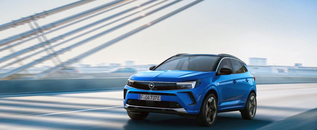 Opel Grandland Hybrid4 MY2021 ficha