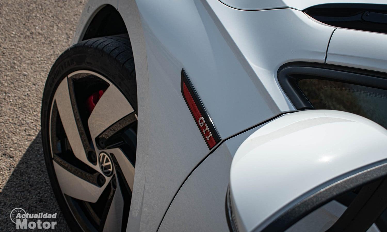 Prueba VW Golf GTI llantas 18 pulgadas