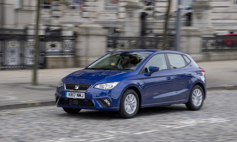 La disponibilidad de un coche de sustitución también es interesante al comparar seguros de coche