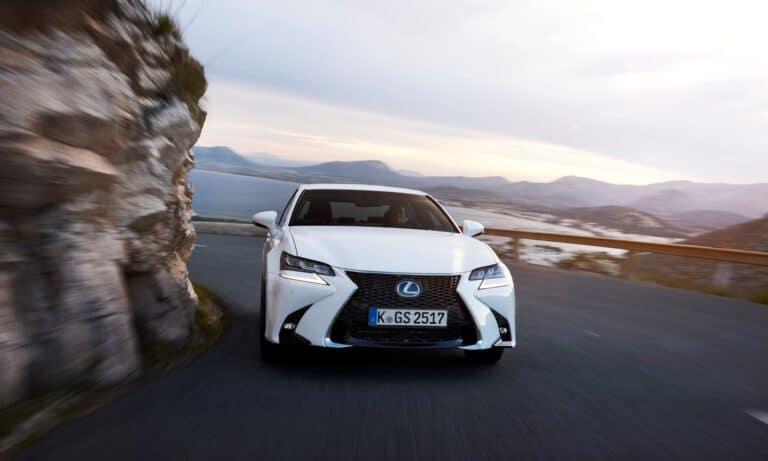 Lexus GS 450h 2016 front