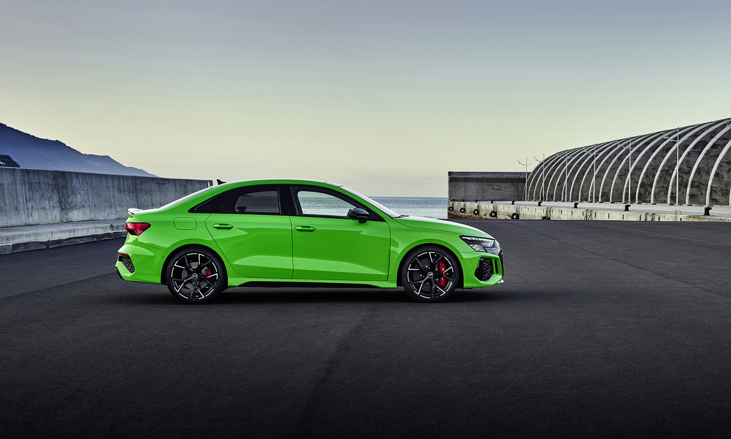 Audi RS 3 Sedán lateral