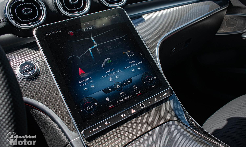 Prueba Mercedes Clase C pantalla central