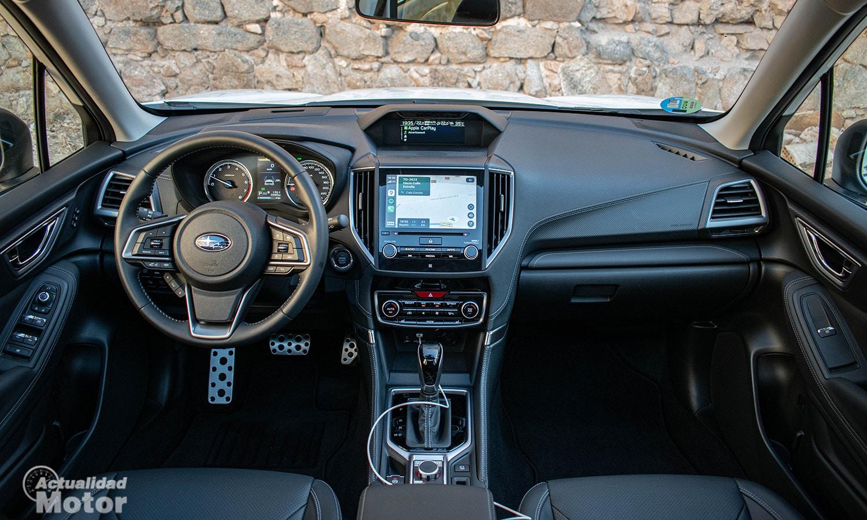 Prueba Subaru Forester salpicadero