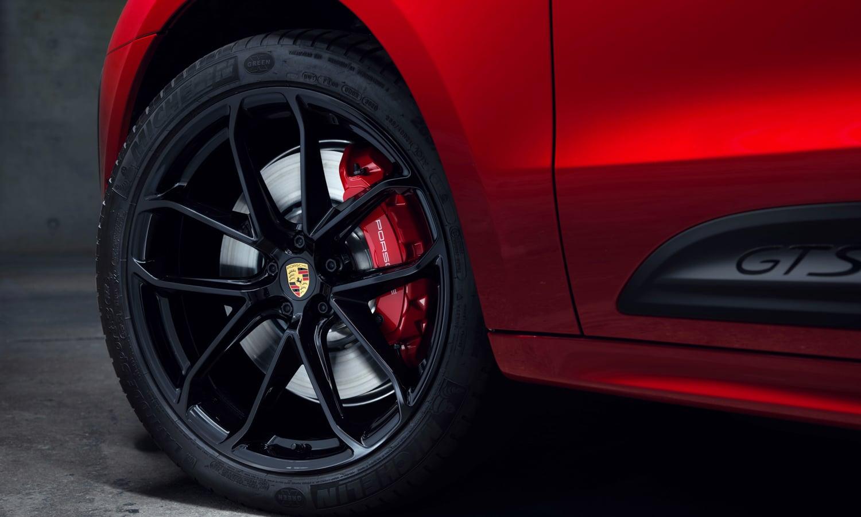 Porsche-Macan-2022-11