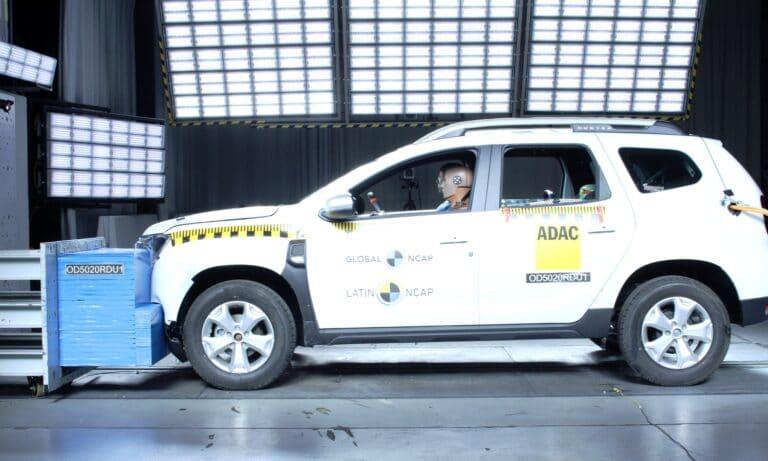 Renault Duster + 2 Airbags LatinNCAP