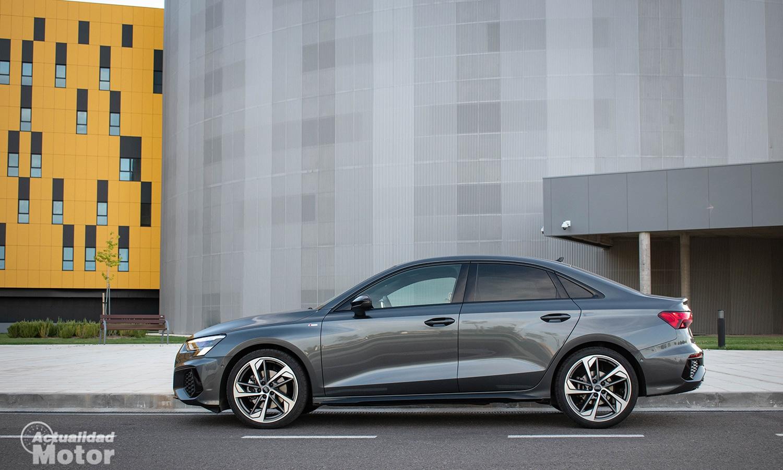 Prueba Audi A3 Sedán 150 CV gasolina lateral