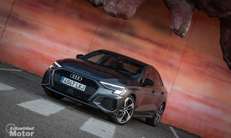 Prueba Audi A3 Sedán Black Line perfil