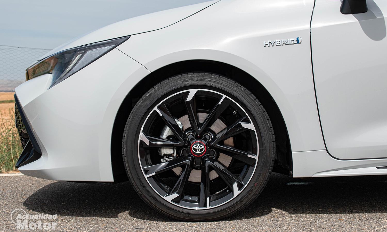 Prueba Toyota Corolla GR Sport llantas de 18 pulgadas